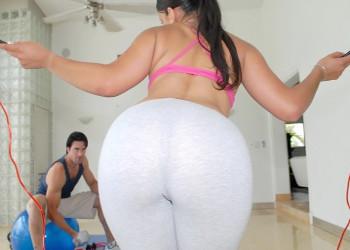 Image Ein perfekter Arsch lenkte ihn von den Übungen im Fitnessstudio ab