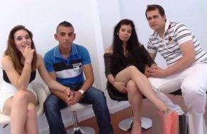 Image Nicht-liberale spanische Paare ficken sich gegenseitig