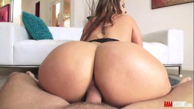 Image Raquel geile Schlampe mag wilden Sex mit starken Penetrationen
